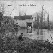 Vieux moulin sur la Seine